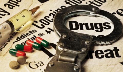Headlines about inmates and addiciton